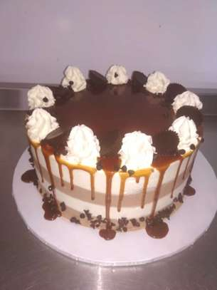 Yummy & fresh Wedding Cakes in Nairobi Kenya image 7