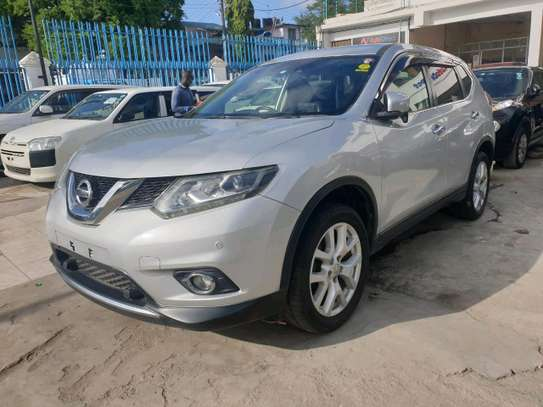 Nissan xtrail 2014 deal deal in mombasa image 3