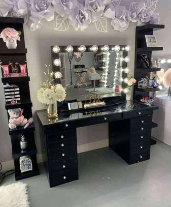 Classic customized dressing tables image 2