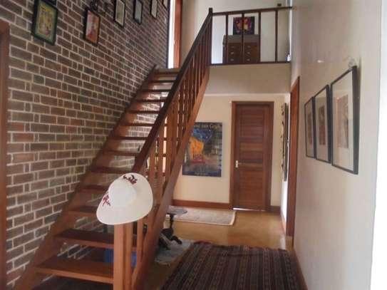 Furnished 3 bedroom villa for rent in Runda image 12