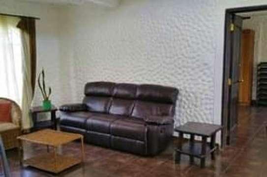 2 bedroom  fully furnished cottages for rent image 5