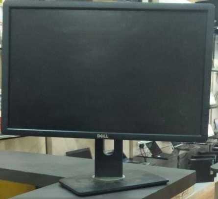 22 Inch Dell Monitor Black image 1