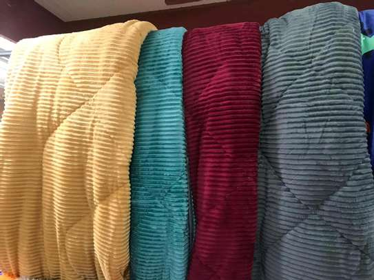 Valvet woolen blankets duvets image 6