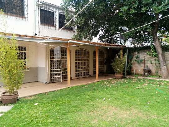 4 bedroom townhouse for rent in Kilimani image 2