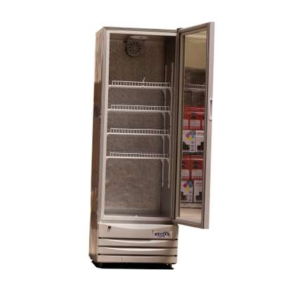 Glass door fridge/drinks display chiller SC-310 image 2