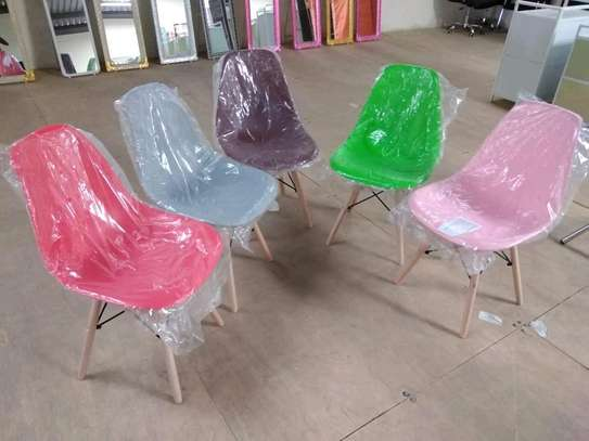 outdoor chairs. image 1