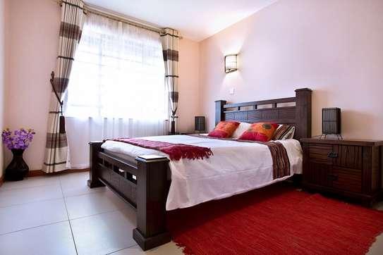 Greenspan 2 Bedroom Apartment Master En suite image 2