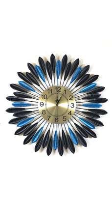 Décor clock. image 2