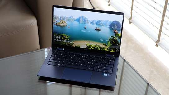 HP Elite Dragonfly Convertible 2-In-1 image 2