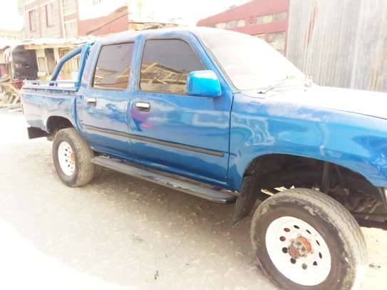 Toyota hilux for sale image 1