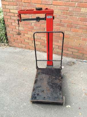 Vintage/retro Parcel/ Platform Weighing Scales image 1