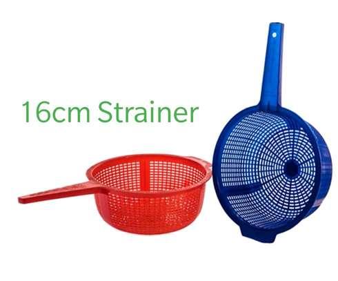 16cm strainer image 1