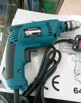 Makita drill image 1