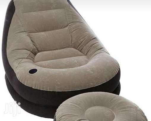 Cozy Inflatable Lounge Set image 2