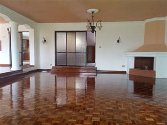LAVISH LUXURIOUS 3 BEDROOM HOUSE TO LET IN SYOKIMAU OWN-COMPOUND WITH AN sq. image 3