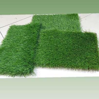 Indoor/Outdoor Artificial Grass Turf Area Rug image 3