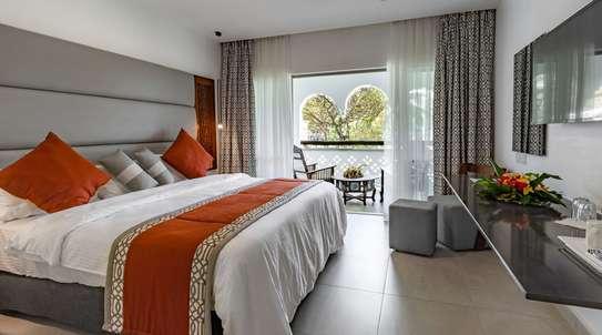 Southern Palm Beach Resort image 1