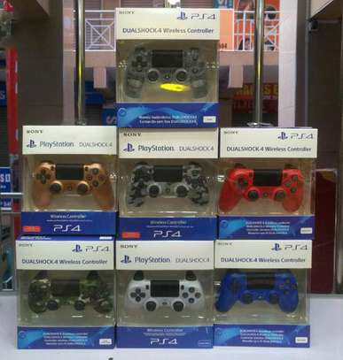 Brand New Sony PS4 Pad Dual Shock 4 Wireless Controller