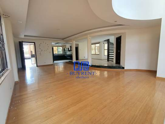 5 bedroom house for rent in Spring Valley image 1