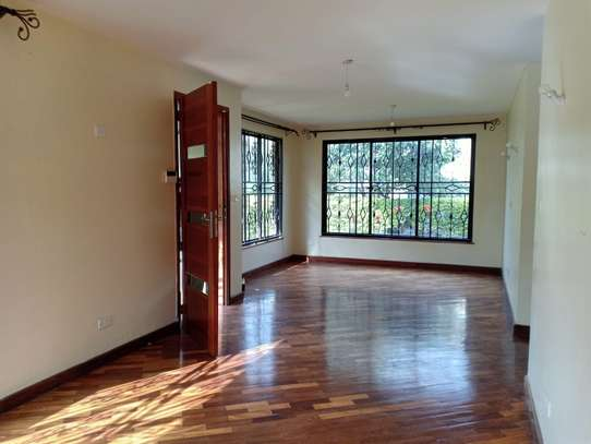 4 bedroom house for rent in Garden Estate image 12