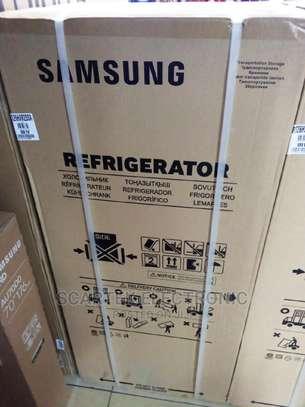 Samsung Double Door 203L Refrigerator image 1