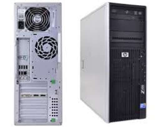 HP Z400 Workstation Intel Xeon W3550 3.07GHz 500GB HDD 4GB Memory