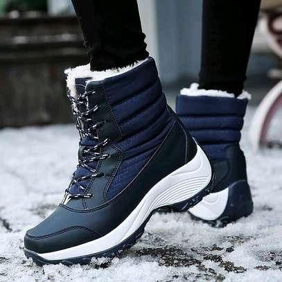 Ladies Sneakers image 11