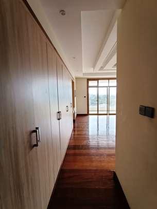 4 bedroom apartment for rent in Kileleshwa image 10