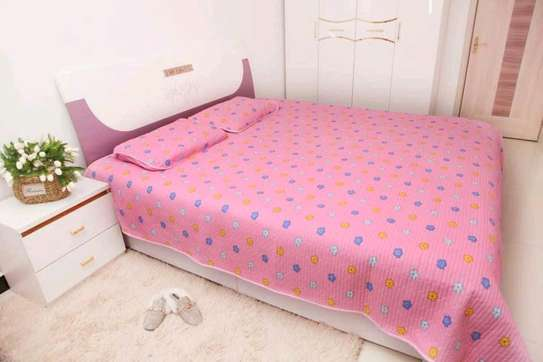 Bedcover image 4