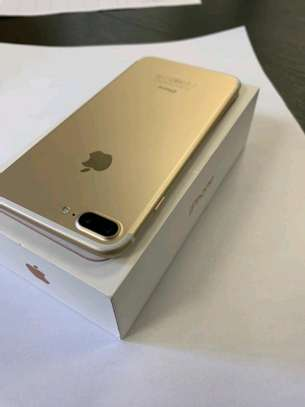 Apple Iphone 7 Plus [ Gold 256 Gigabytes ] image 2