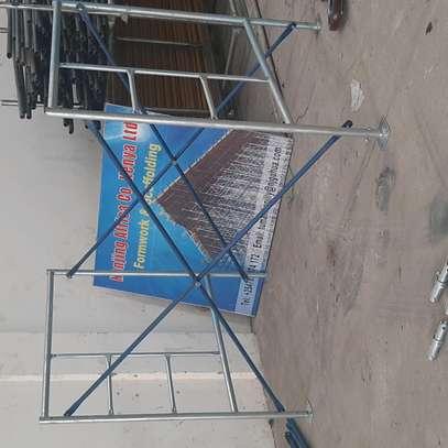 scaffolding frames/ladders image 2