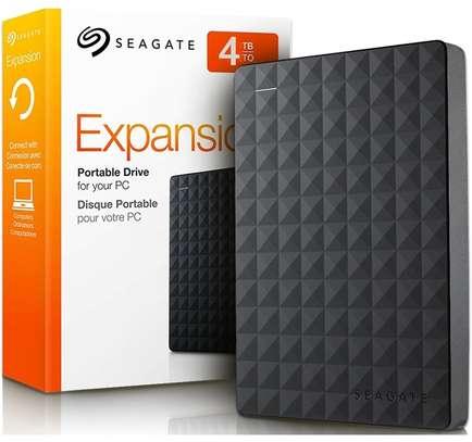SEAGATE 4TB  EXPANSION  PORTABLE  DRIVE image 1