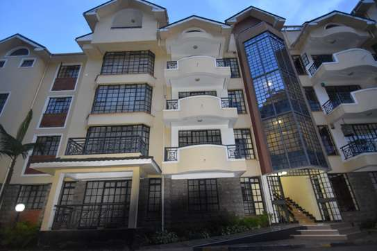 4 bedroom apartment for rent in Kilimani image 15