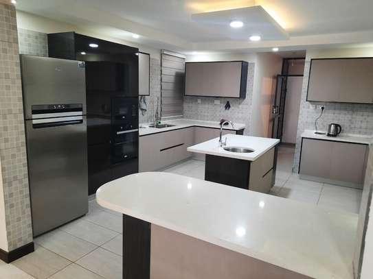 4 bedroom apartment for rent in Westlands Area image 3