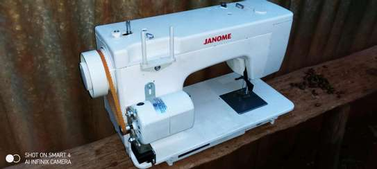 Electric Sewing machine image 3