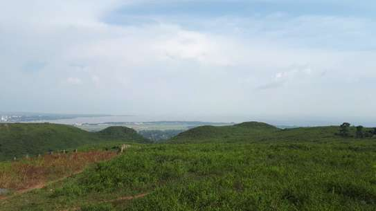500 m² land for sale in Riat Hills image 9