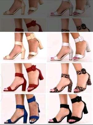 New classy high heels image 1