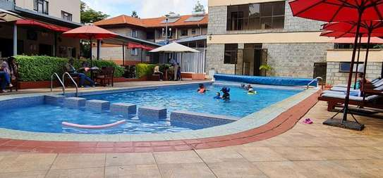 One bed serviced and furnished apartment in westlands Lantana image 1