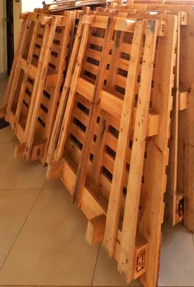 7 Pallets for sale - good conditions