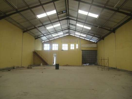 650 m² warehouse for rent in Athi River Area image 11