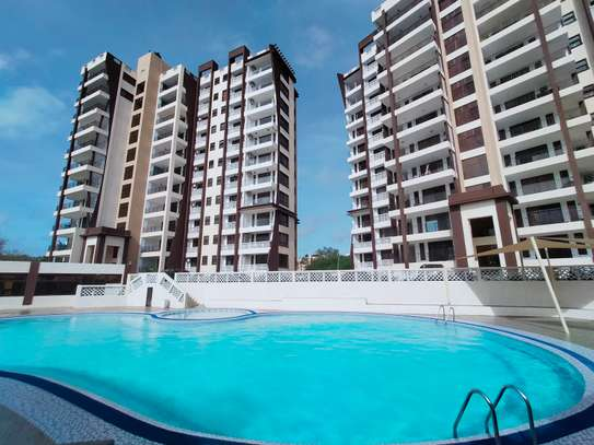 4 bedroom apartment for sale in Nyali Area image 1