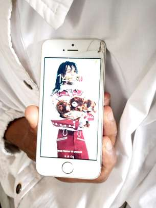 phone image 1