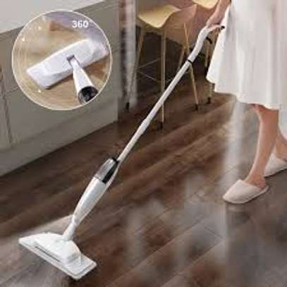 2 in 1 spray mop with scrubber image 2