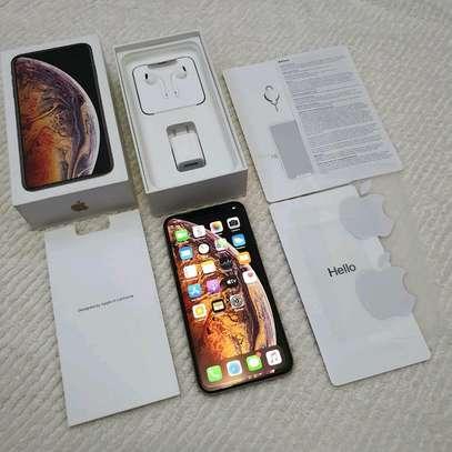 Apple Iphone xs Mint 512 Gigabytes Gold Model Under Warranty image 1