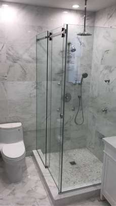 frameless shower cubicle image 1