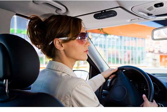 Bluetooth Speakerphones for Handsfree Call When Driving