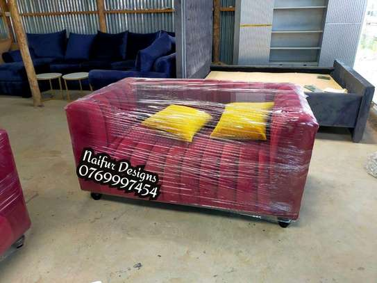 2 SEATER MAROON CHESTERFIELD SOFA image 1
