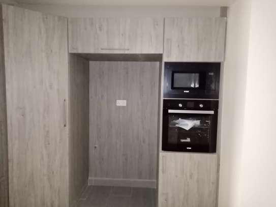 2 bedroom apartment for rent in Kileleshwa image 3