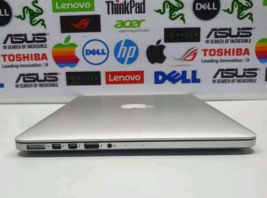 Macbook pro 2015 image 2