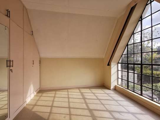 4 bedroom townhouse for rent in Mountain View image 10
